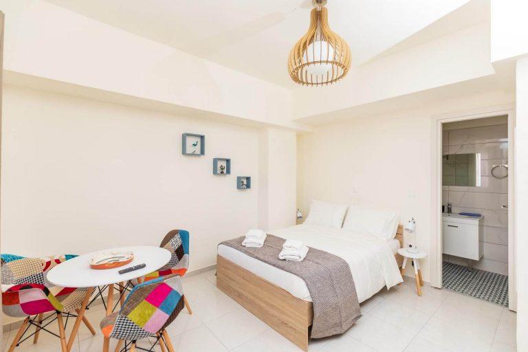 23 Calliope Quiet & Central Studio Apartment